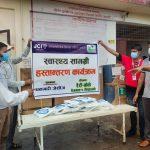 धनगढी जेसीजको समन्वयमा सेती अस्पताललाई स्वास्थ्य सामग्री हस्तान्तरण