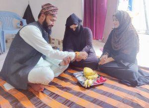 बोलन्या थलीका संयोजक जोशीले मुस्लिम समुदायमा रक्षाबन्धन मनाए